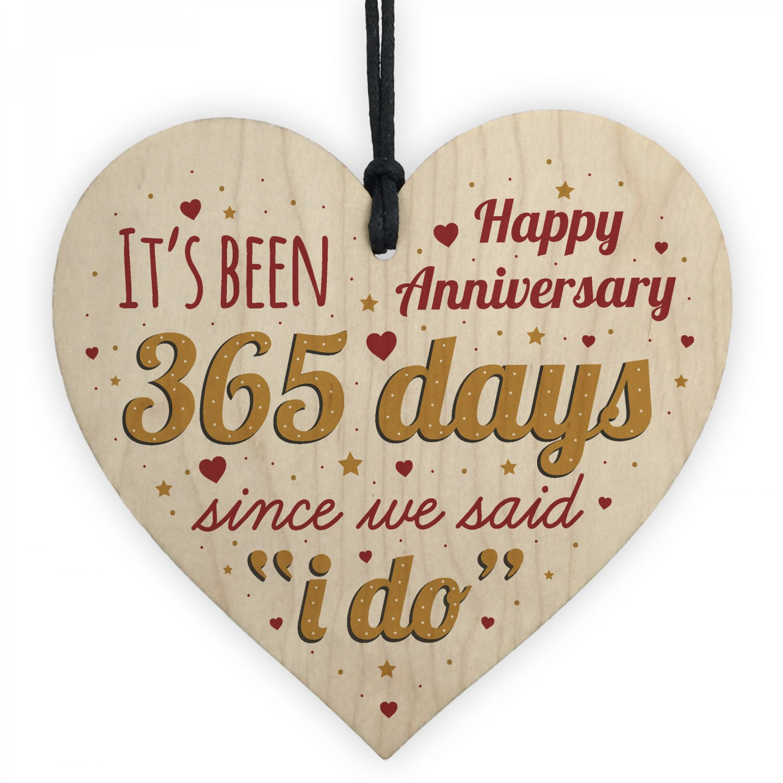 Happy Wedding Anniversary: Happy Anniversary 1st Wedding Anniversary Heart Gift For Her